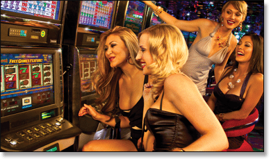 Girls Playing Pokies